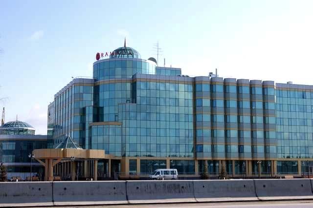 Отель «Рамада»